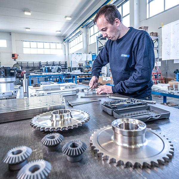 Assemblaggio meccanico e pneumatico - Lavorazioni CAM Srl
